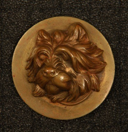18: HIGH RELIEF TERRIER HEAD BUTTON. Large brass 1-piec