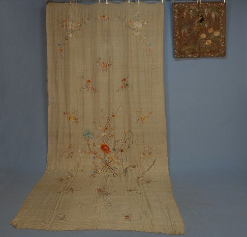 383: CHINESE EMBROIDERED SILK PANEL, c. 1900. Large cre