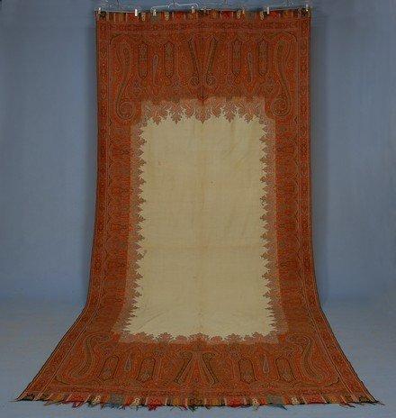 423: WOOL PAISLEY SHAWL, 19th C. Machine woven long sha
