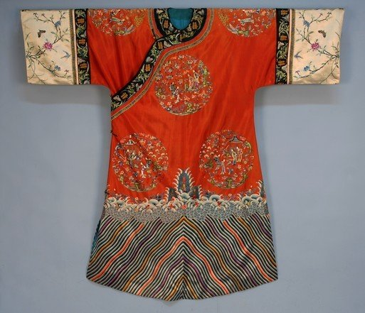 445: CHINESE SILK ROBE, 19th C. Orange satin with short