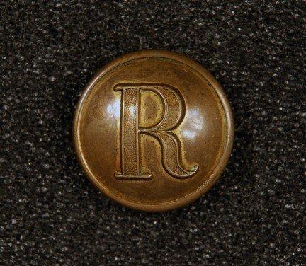 8: CONFEDERATE RIFLES BUTTON. Medium gilt brass convex