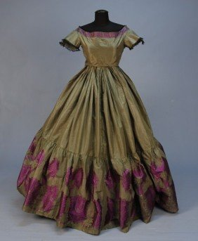 307: CIVIL WAR ERA FANCY SILK BROCADE EVENING GOWN. Gre