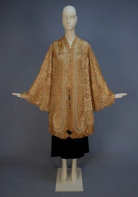 320: PAQUIN CUTWORK SILK and LACE EVENING COAT, c. 1905