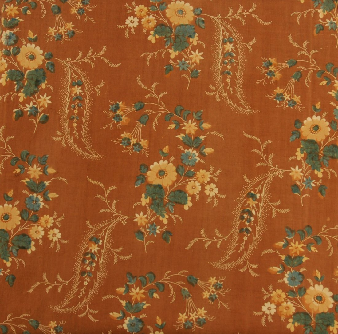 447: FLORAL PRINTED COTTON DAY DRESS, 1830's. Brown gro - 4