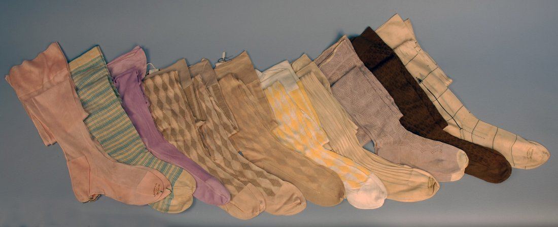 577: ELEVEN PAIR LADIES' HOSE, EARLY 20th C.