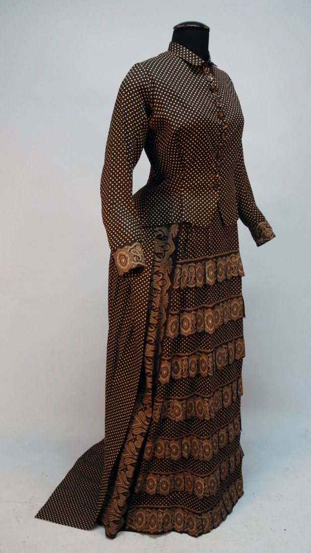441: PRINTED COTTON SUMMER DRESS, 1880's.