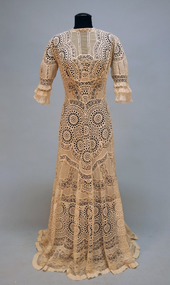 442: EYELET and LACE SUMMER GOWN, c. 1898.