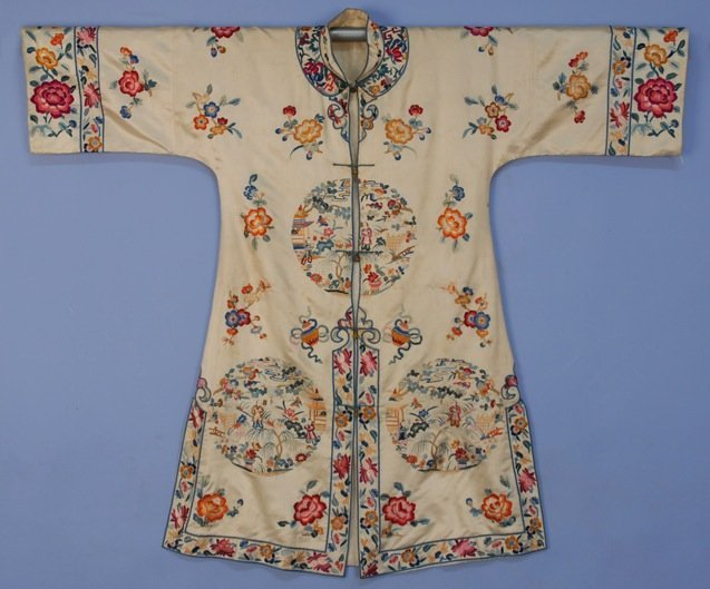 CHINESE SILK EMBROIDERED ROBE, 20th C.