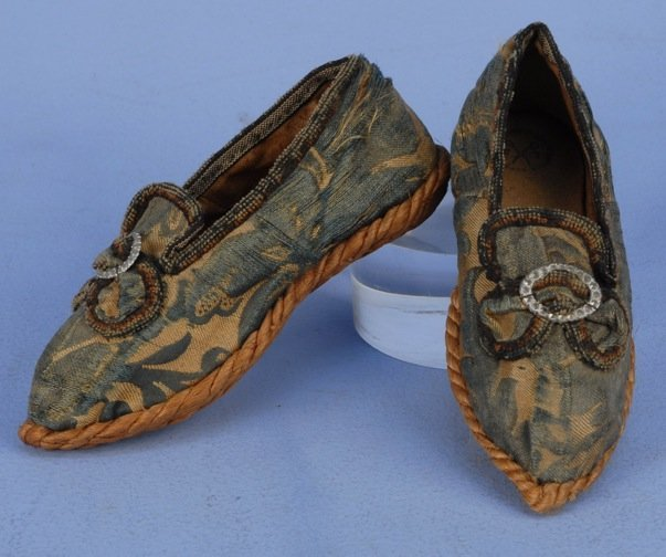 FRENCH BROCADE CHILD'S SHOES, 18th C.