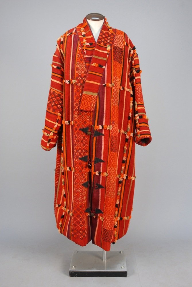 MANS MOROCCAN WOOL COAT, 20th C. Heavy wool with
