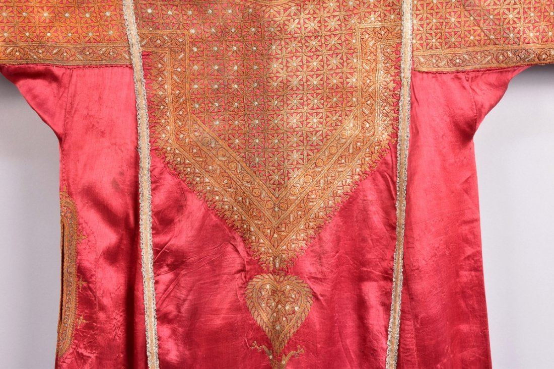 MIDDLE EASTERN METALLIC EMBROIDERED ROBE, EARLY 20th C - 2