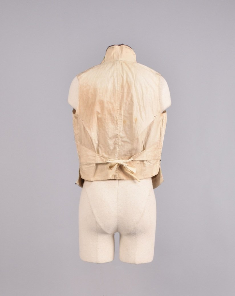 GENTS SILK EMBROIDERED WAISTCOAT, EARLY 19th C. - 2