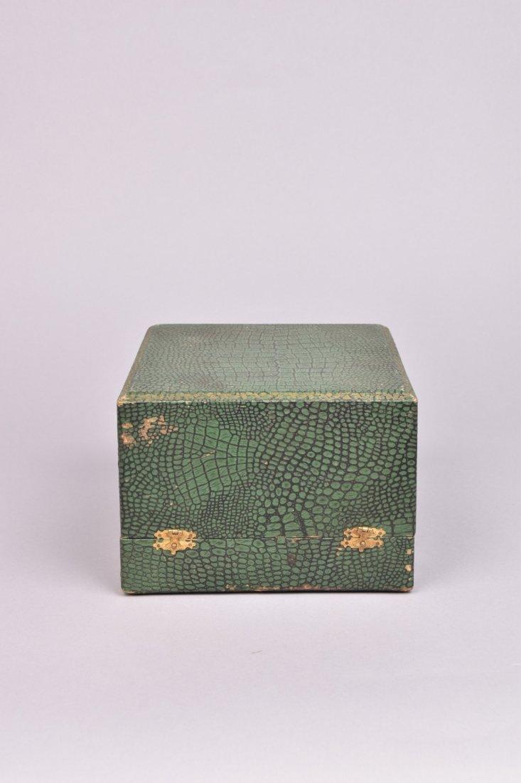 GILT OAK LEAF CORONET in FITTED BOX, 19th C. - 4