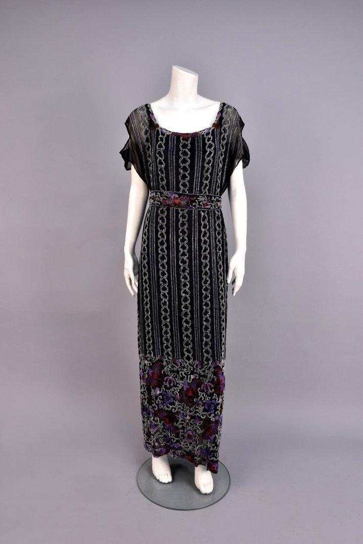 LARGE SIZE BEADED DRESS, 1920s