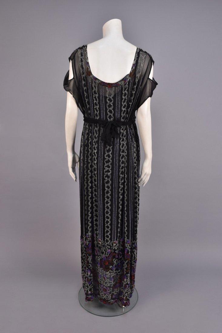 LARGE SIZE BEADED DRESS, 1920s - 2