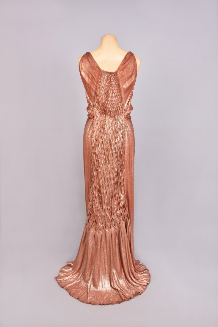 TRAINED HONEYCOMB-BACK LAME EVENING GOWN, 1930s - 2