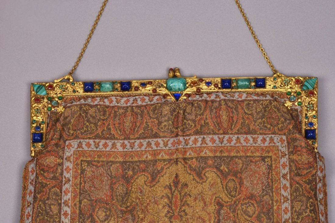 MONUMENTAL FRENCH MUSEUM QUALITY BEADED BAG, EARLY 20th - 3