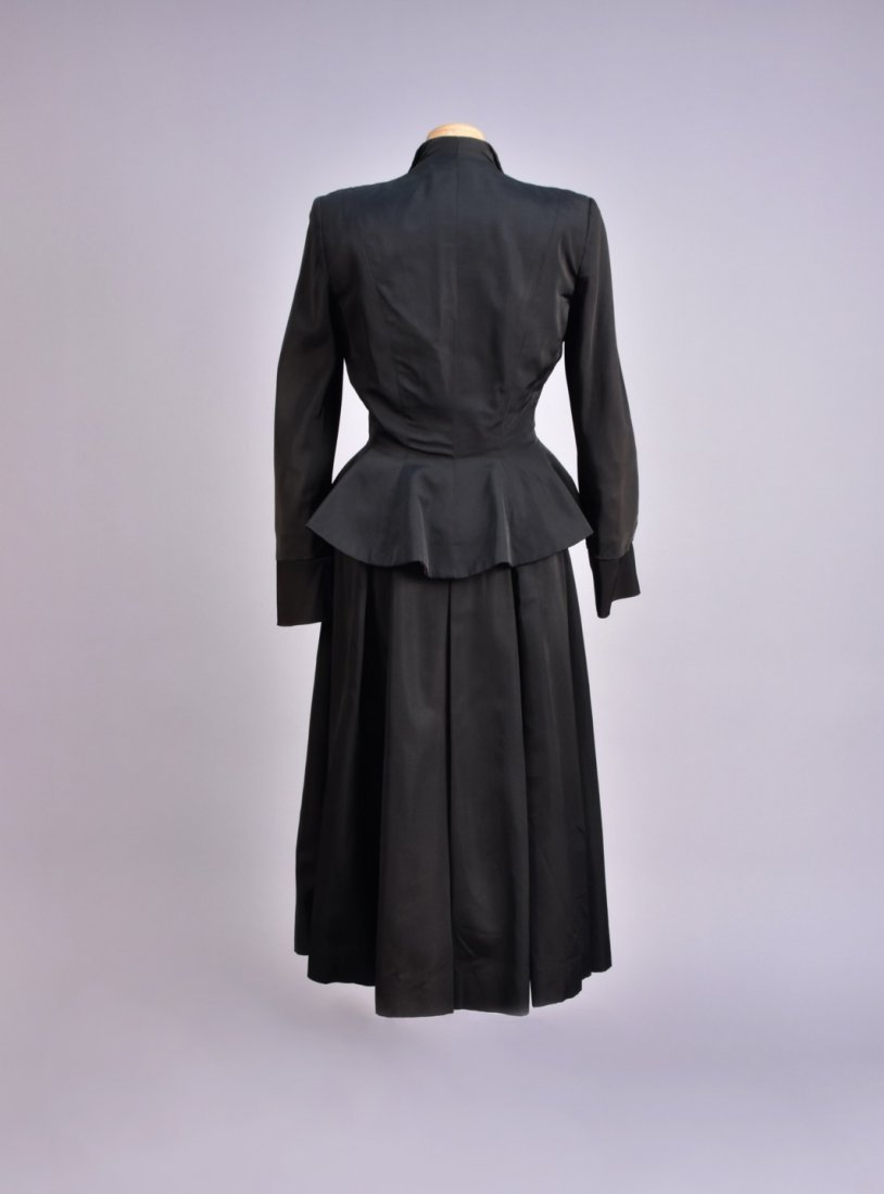 HATTIE CARNEGIE 3-PIECE SKIRT SUIT, 1950s. - 2