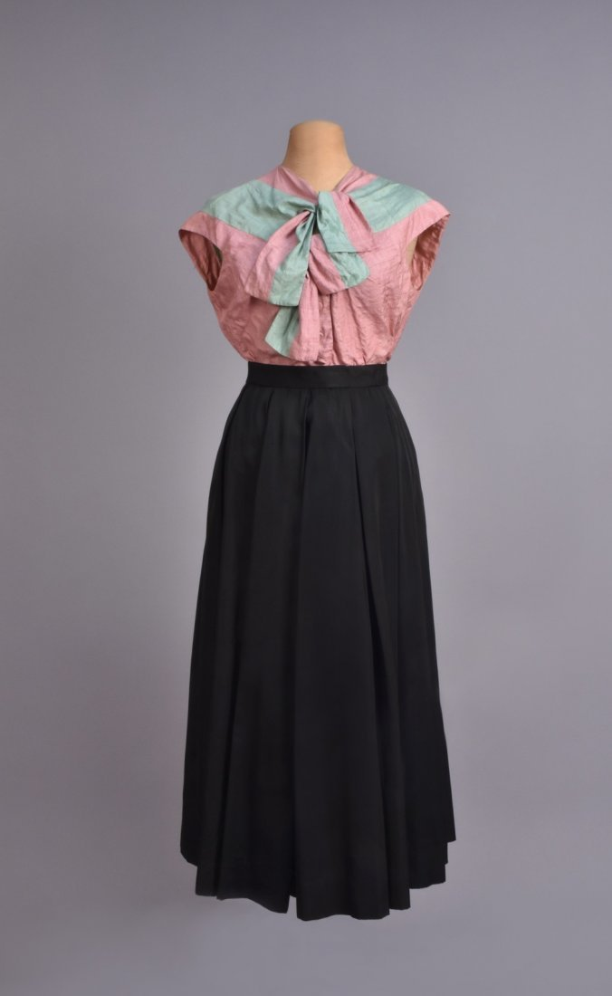 HATTIE CARNEGIE 3-PIECE SKIRT SUIT, 1950s. - 3