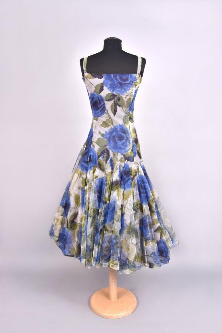 NINA RICCI ASYMMETRIC PRINTED TULLE PARTY DRESS, 1950s. - 3