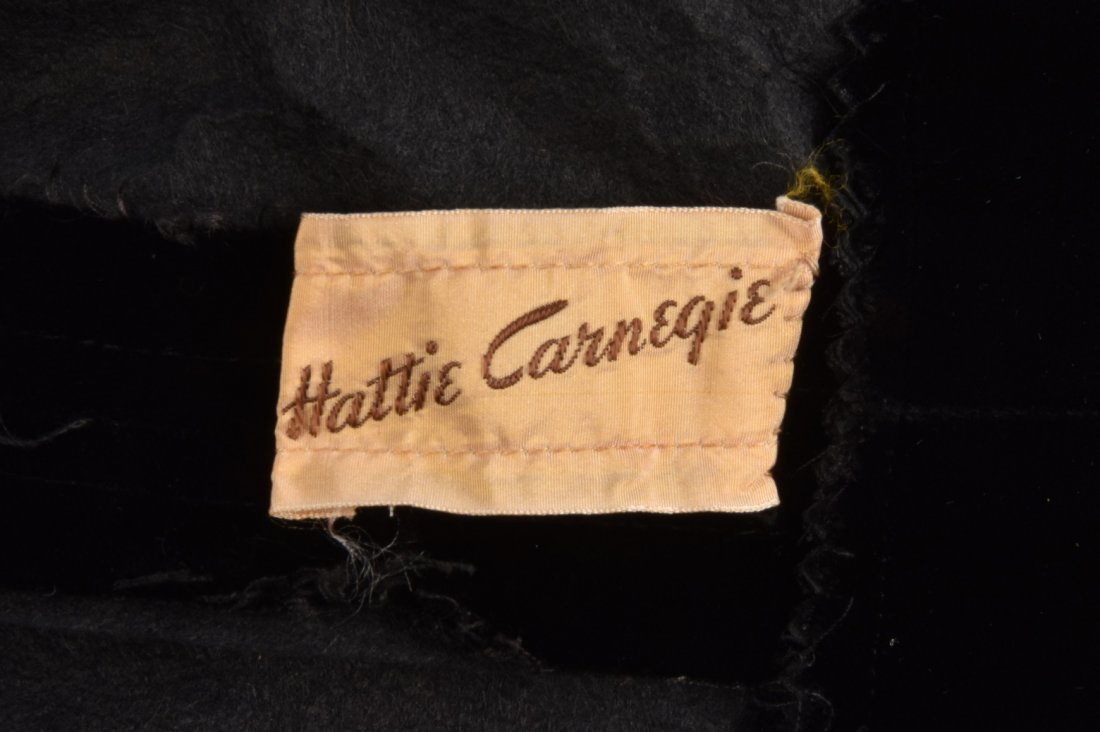 HATTIE CARNEGIE STRAPLESS BALL GOWN, 1950s - 3
