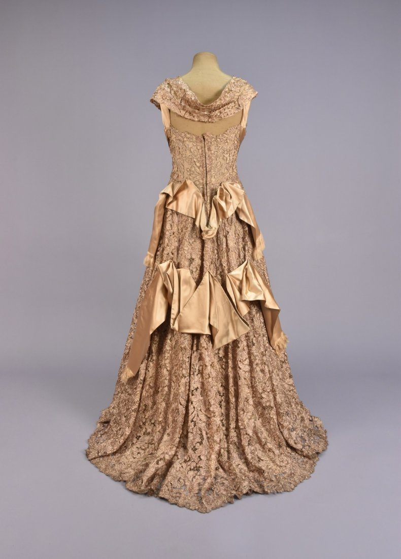 GALANOS GOLD SILK and LACE BALLGOWN, 1950s. - 2