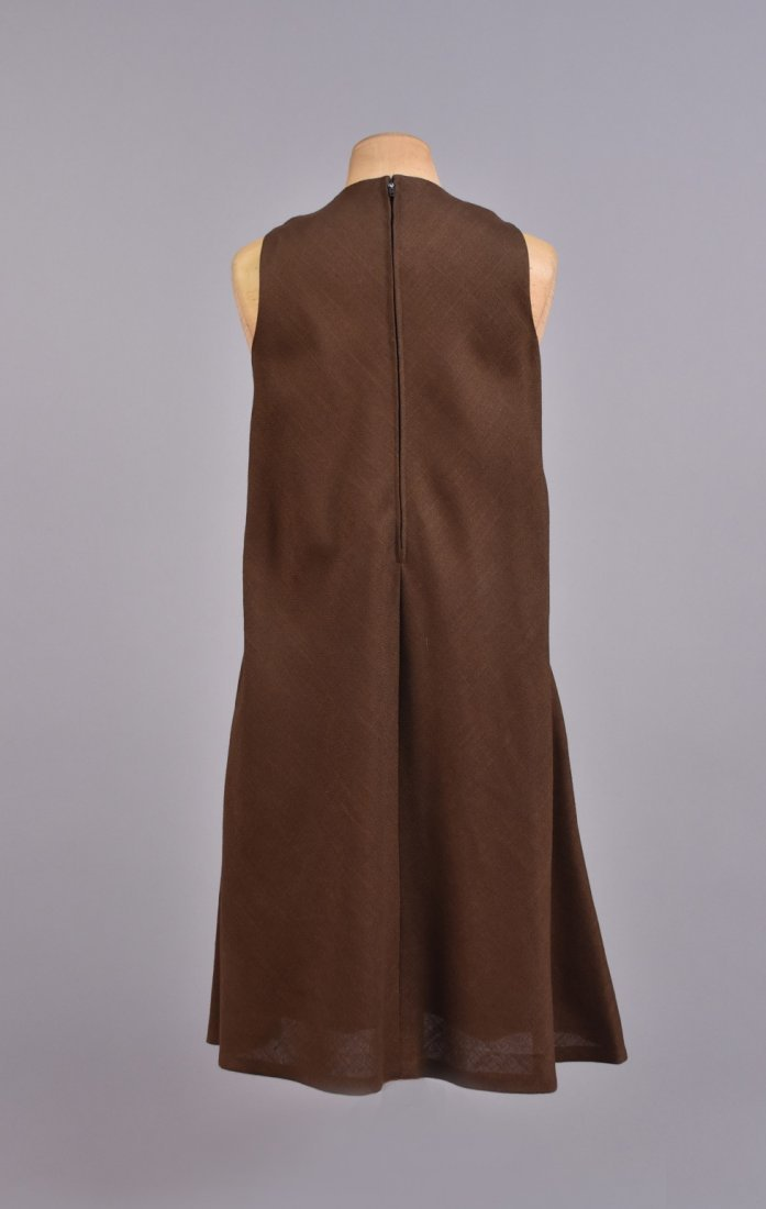 LEO NARDUCCI BELTED LINEN TENT DRESS, 1960s. - 2