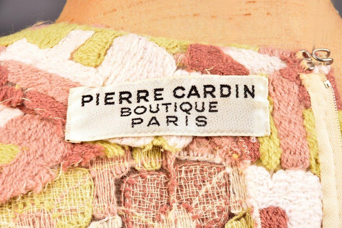 PIERRE CARDIN NOVELTY WEAVE WOOL PANTSUIT, 1960s. - 3