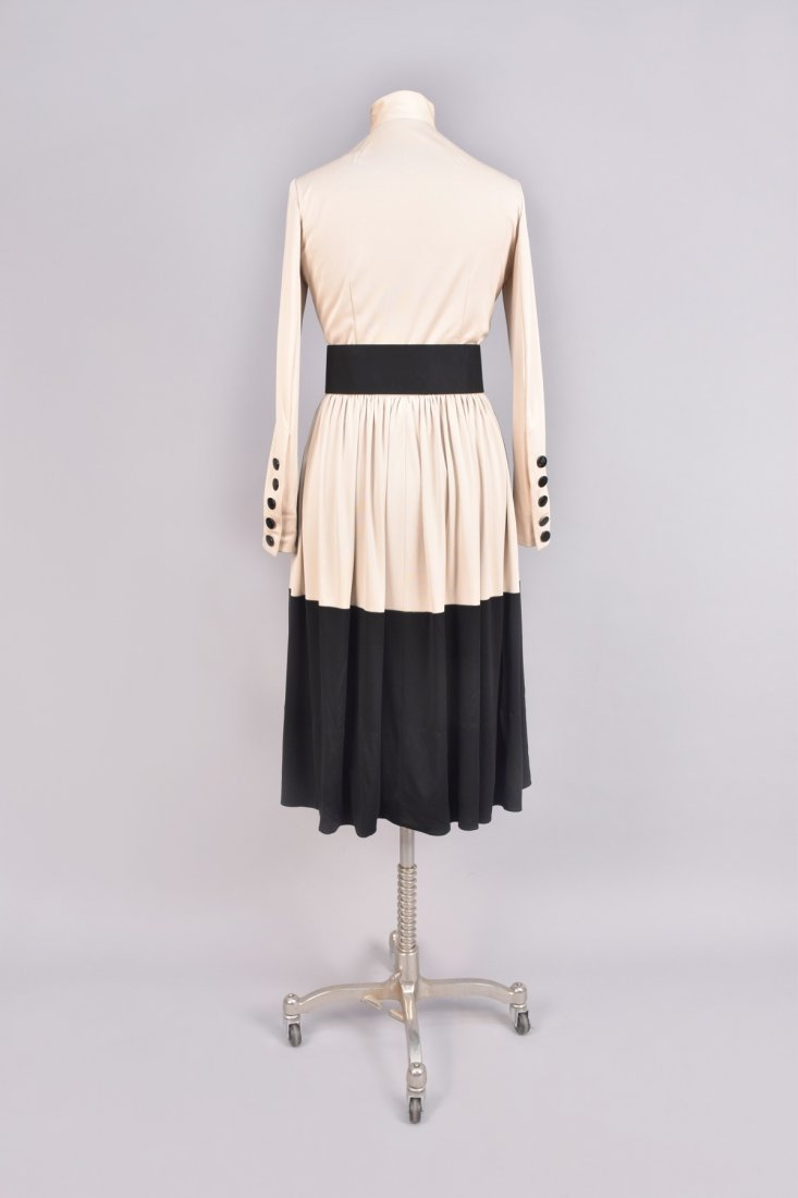 NORELL 2-TONE DAY DRESS with BUTTONS, c. 1960 - 2