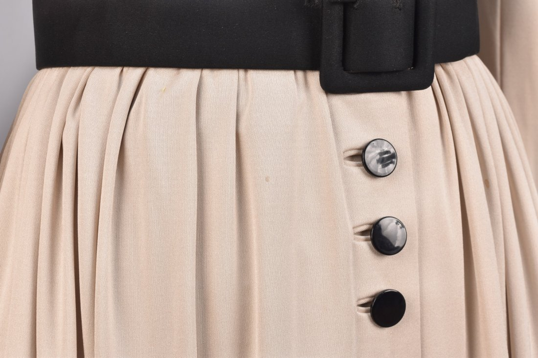 NORELL 2-TONE DAY DRESS with BUTTONS, c. 1960 - 3