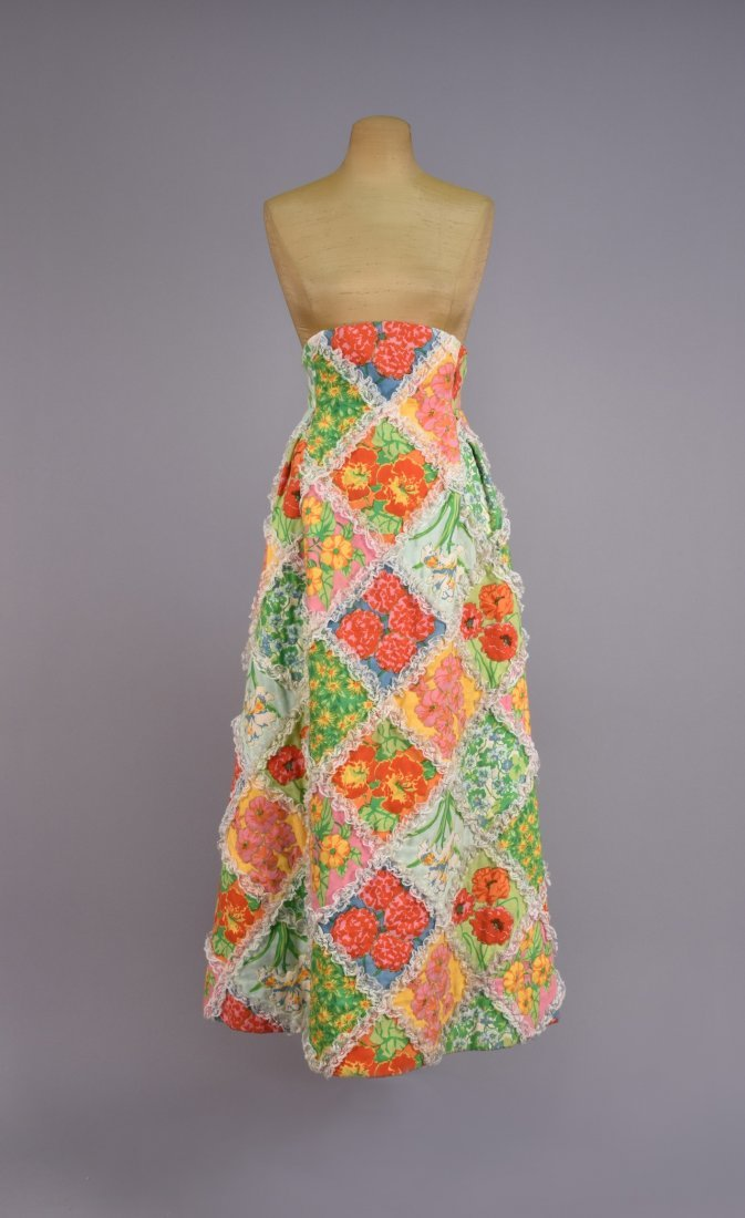 SCAASI FLORAL QUILTED MAXI SKIRT with LACE, 1970s.
