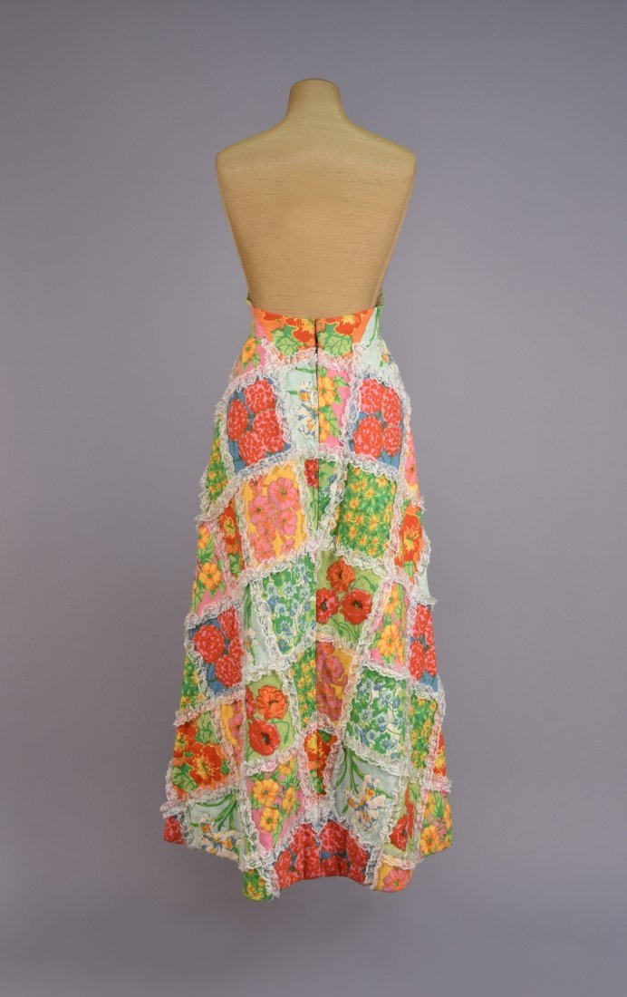 SCAASI FLORAL QUILTED MAXI SKIRT with LACE, 1970s. - 2