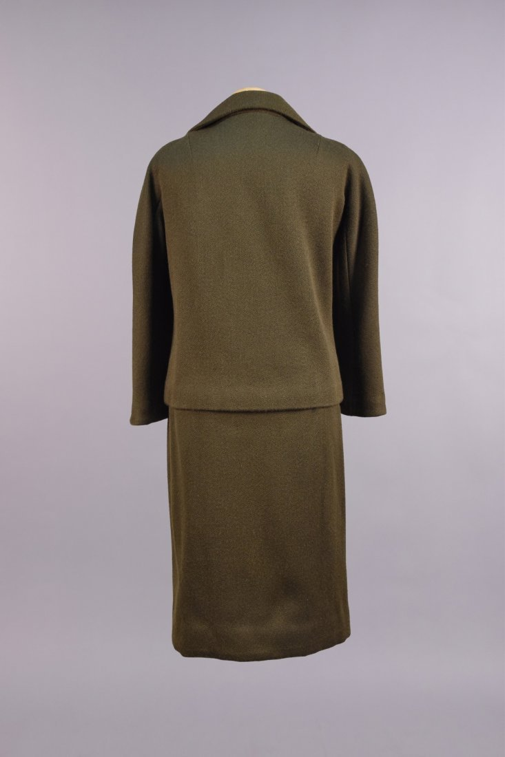 JEAN DESSES PRET a PORTER WOOL SKIRT SUIT, c. 1960. - 2