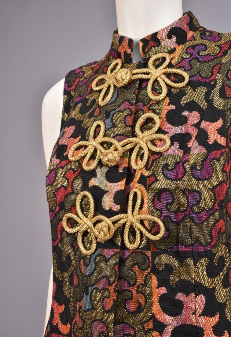 PATTERNED WEAVE COAT and DRESS, 1960s. - 4