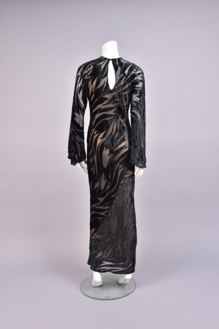 HALSTON BLACK VOIDED VELVET GOWN - 2