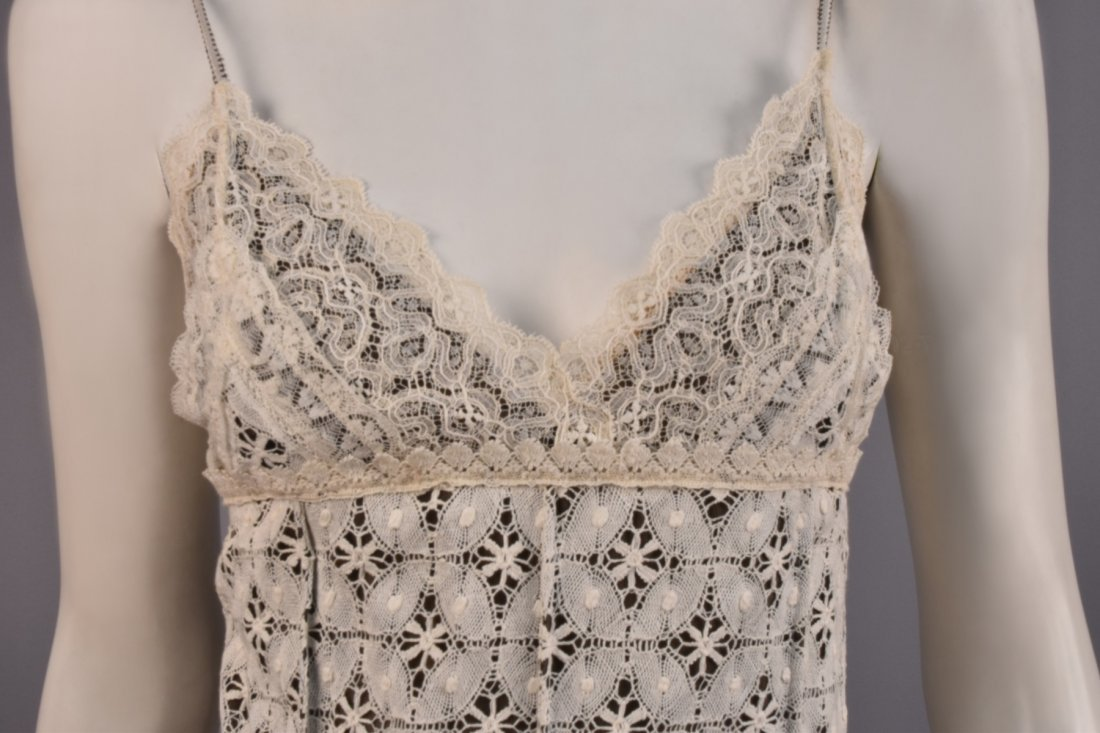 ISABEL TOLEDO DOCUMENTED LACE and WOOL DRESS, 2004. - 3