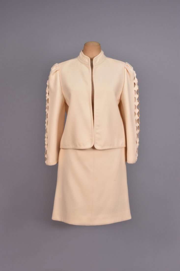 LOUIS FERAUD  SKIRT SUIT with CUTWORK SLEEVE.