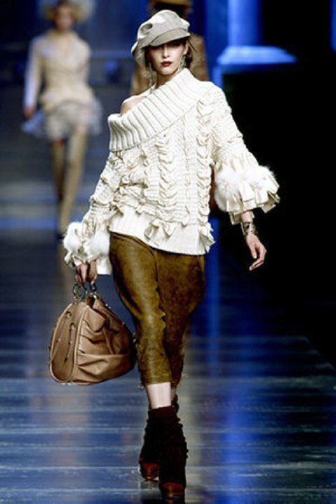 GALLIANO for DIOR BULKY KNIT SWEATER with RIBBONS. - 4