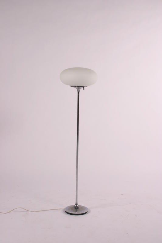 10: Laurel Floorlamp, USA circa 1970