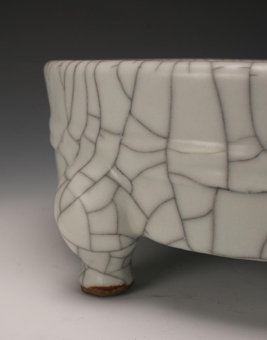 CRACKLE GLAZED CENSER - 3