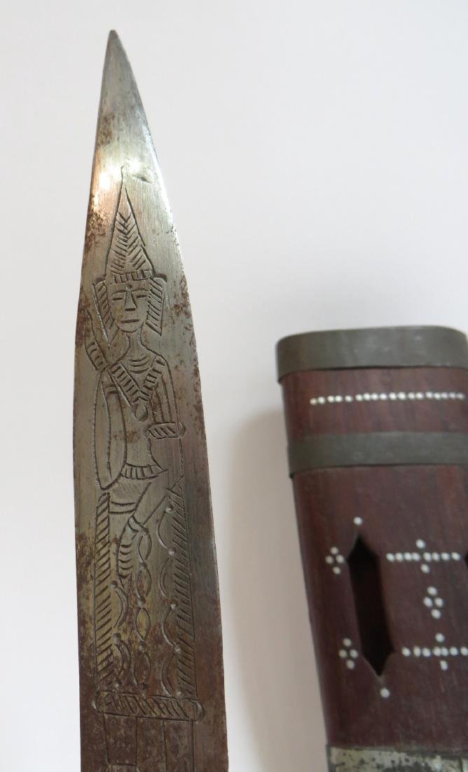 INDIAN SINGLE SHEATH WITH A PAIR OF KNIVES - 5