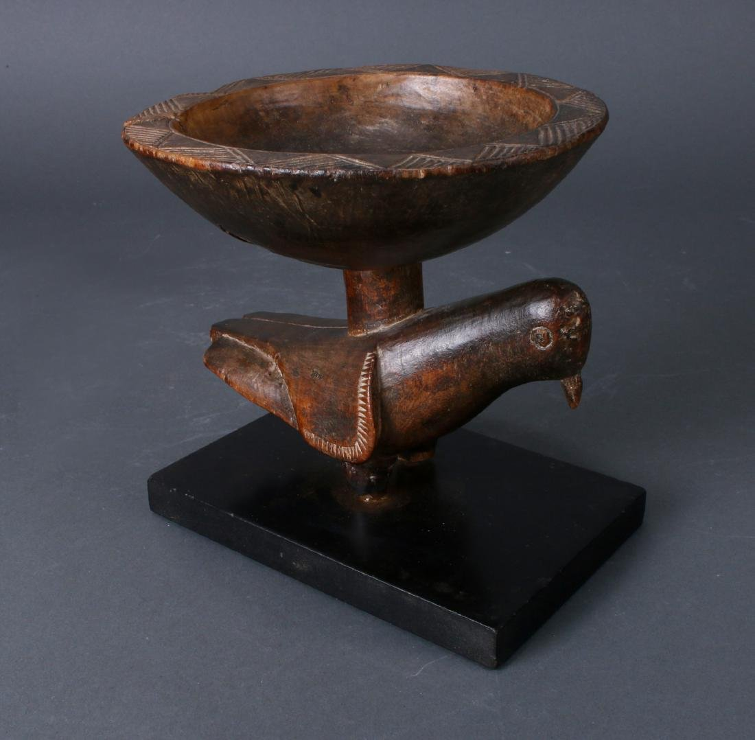 AFRICAN WOODEN BOWL ON PIGEON BASE - 2