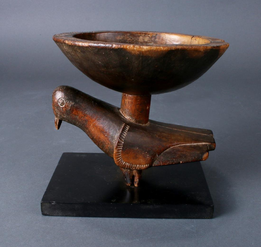 AFRICAN WOODEN BOWL ON PIGEON BASE - 7