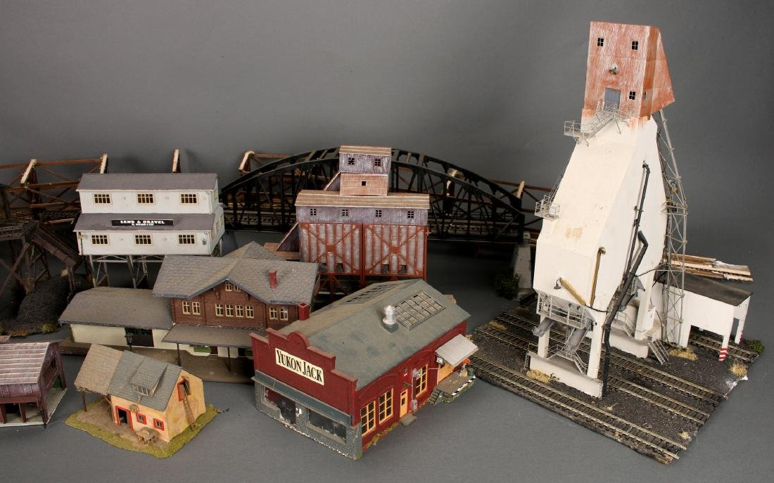 COLLECTION OF MODEL TRAIN BUILDINGS - 3