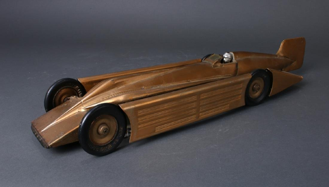 1930S KINGSBURY MOTOR DRIVEN STREAMLINE RACE CAR