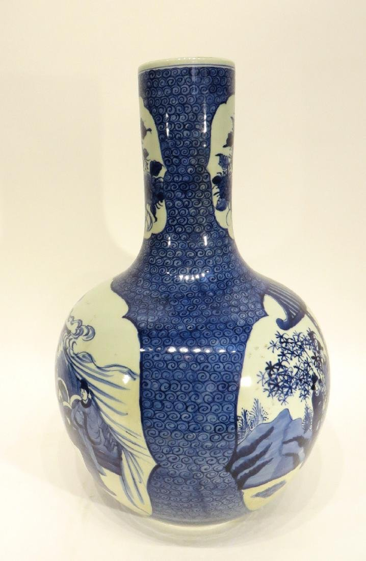 LARGE BLUE & WHITE VASE - 4