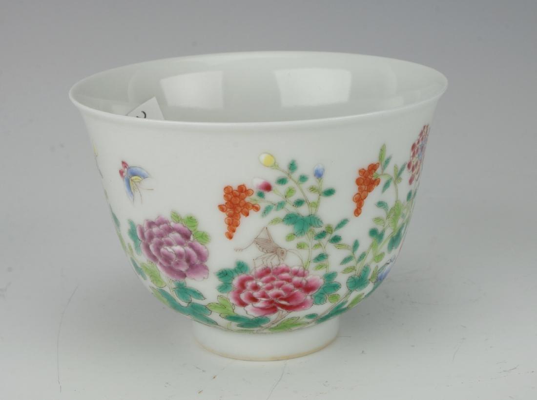 FAMILLE ROSE TEA CUP