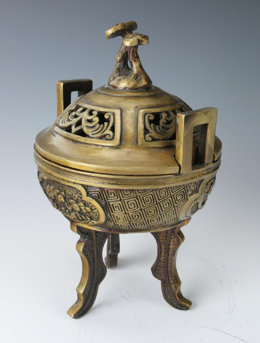 CHINESE METAL CENSER WITH LID