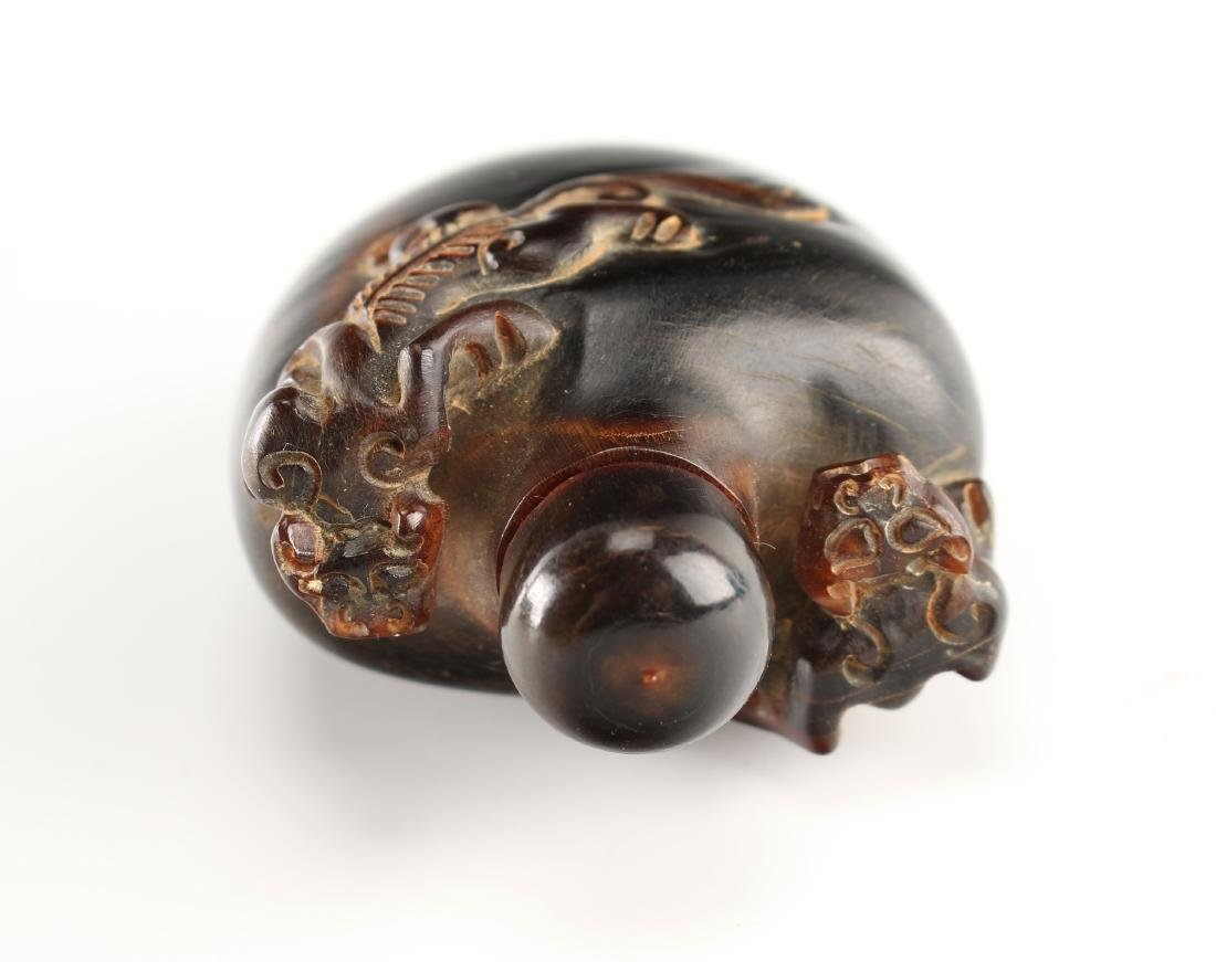 CARVED OX HORN SNUFF BOTTLE WITH DRAGONS - 5