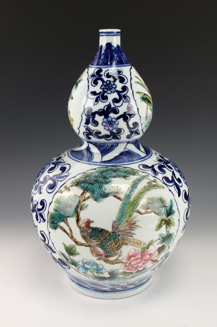 BLUE AND WHITE DOUBLE GOURD VASE - 3